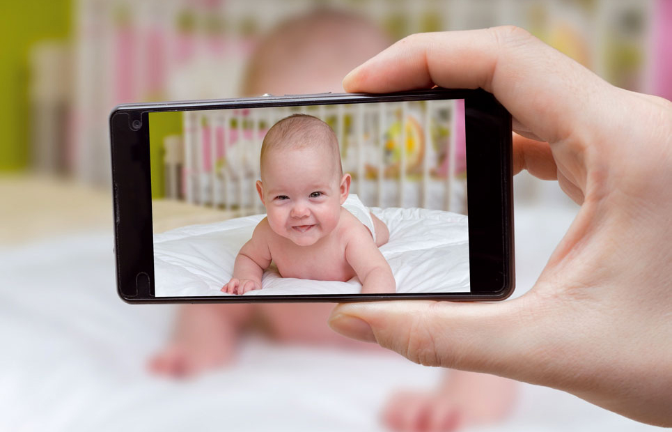 Handyfoto von Baby