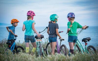 Wer Fahrradhelm trägt, lebt sicherer