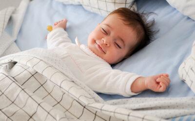 Wann sollte ein Kind alleine einschlafen können?
