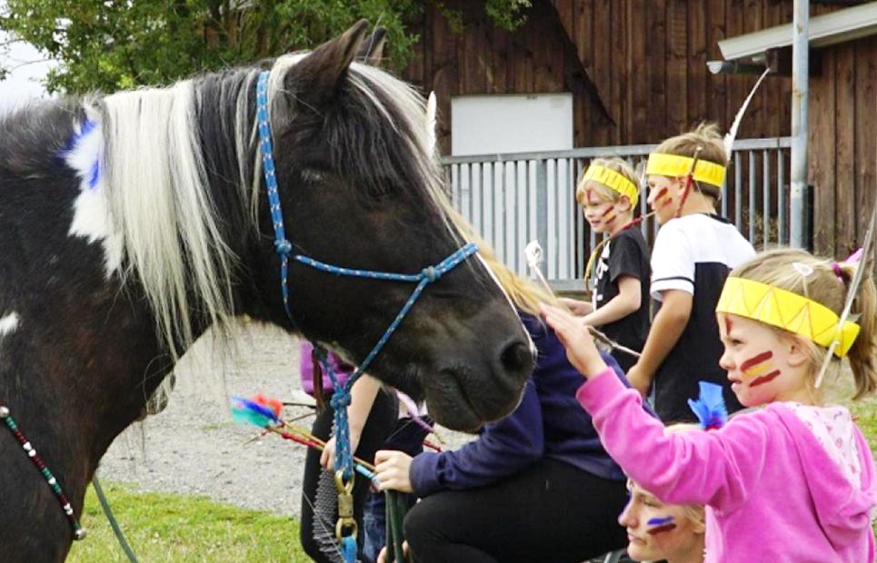 Mit Ponys…
