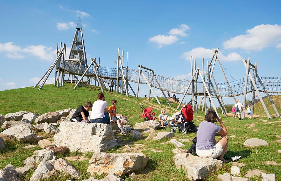 Klettergerüst im Spielpark Hocheim
